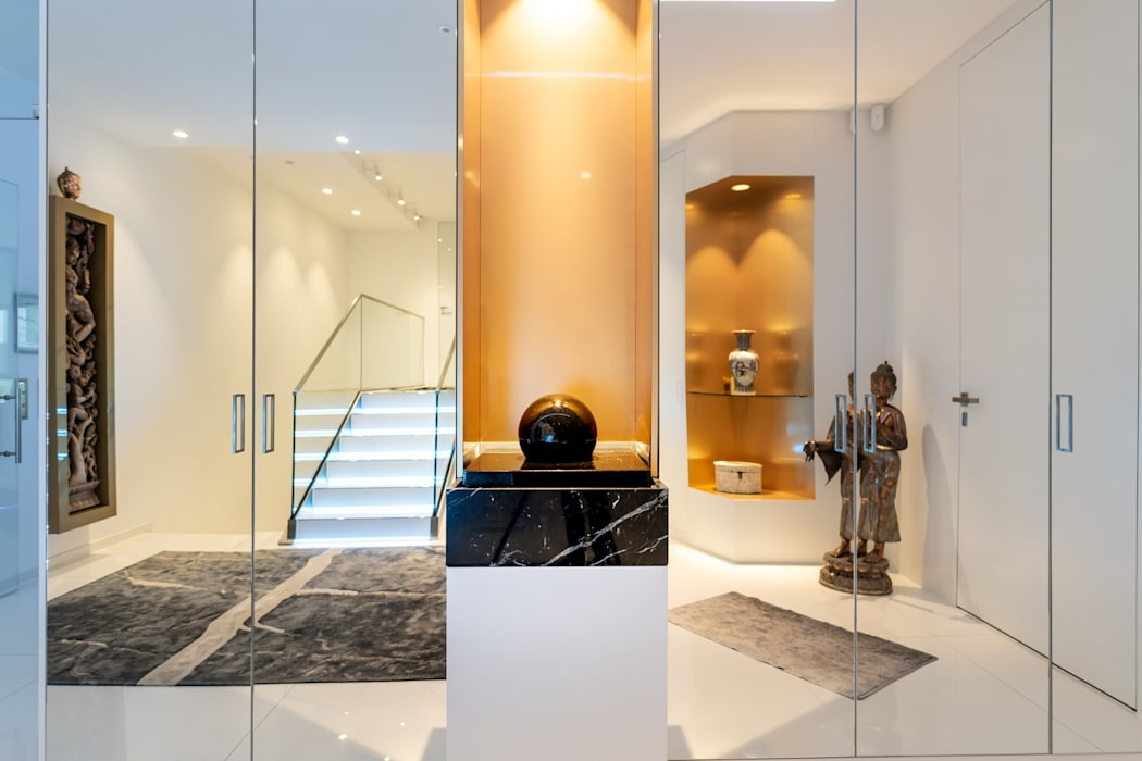 Modern Corridor, Hallway and Staircase by Avantecture GmbH Modern