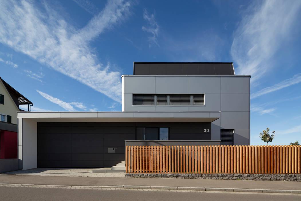 Casas modernas de Architektur Andrea Rehm Moderno