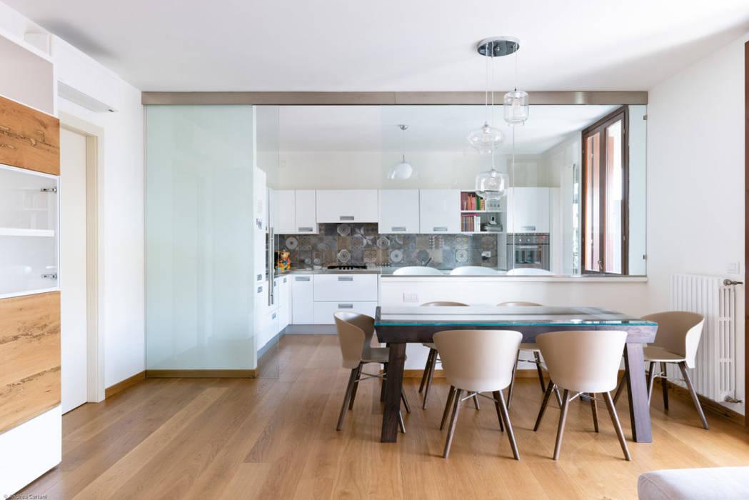 Moderne Esszimmer von GruppoTre Architetti Modern