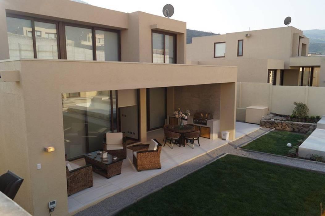 Terraza Balcones y terrazas mediterráneos de Triptico Diseño y Construcción Mediterráneo