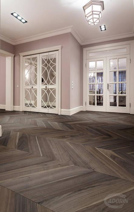 Cadorin Group - Chevron - American Walnut von Cadorin Group Srl - Top Quality Wood Flooring Rustikal Holz Holznachbildung