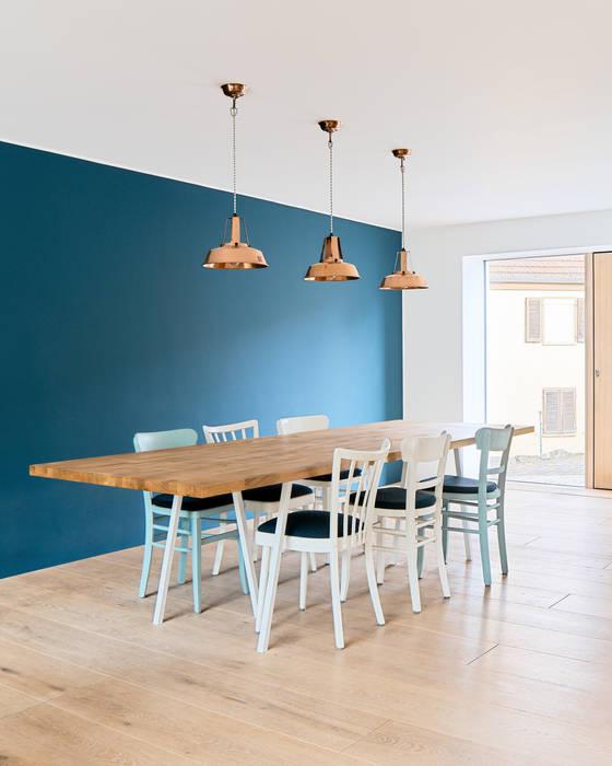 Essbereich Minimalistische Esszimmer von Steffen Wurster Freier Architekt Minimalistisch Massivholz Mehrfarbig
