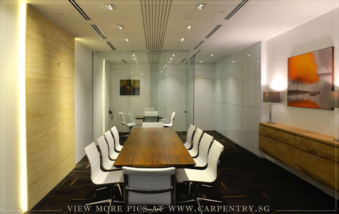 Contemporary and Sophisticated Office Modern office buildings by Singapore Carpentry Interior Design Pte Ltd Modern Wood Wood effect