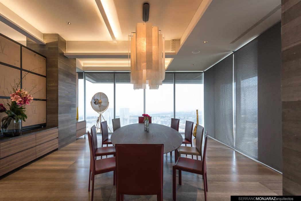 Ruang Makan Modern Oleh Serrano Monjaraz Arquitectos Modern