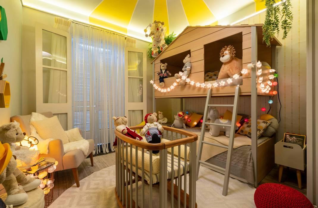 Lúcia Vale Interiores Baby room Wood Grey