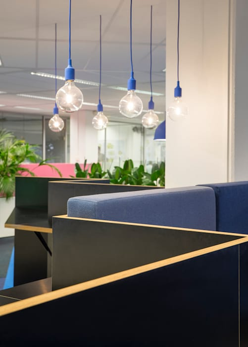 ÈMCÉ interior architecture Modern offices & stores Plywood Blue
