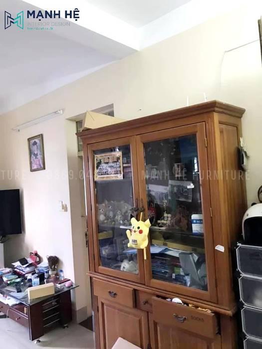 Tủ trang trí phòng khách khi chưa được cải tạo bởi Công ty TNHH Nội Thất Mạnh Hệ Hiện đại