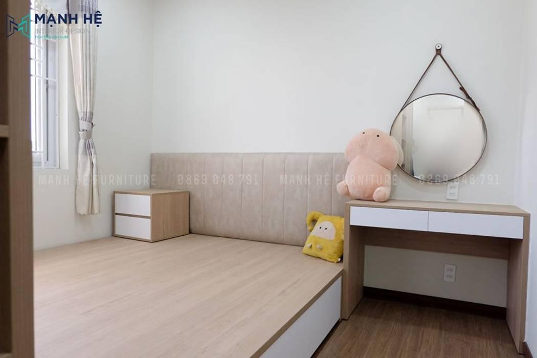 Giường ngủ dạng bục liền tủ tiết kiệm không gian để bố trí thêm bàn trang điểm Công ty TNHH Nội Thất Mạnh Hệ Phòng ngủ nhỏ