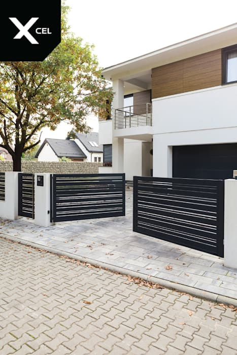 Czarna, aluminiowa brama dwuskrzydłowa od XCEL Fence Nowoczesny