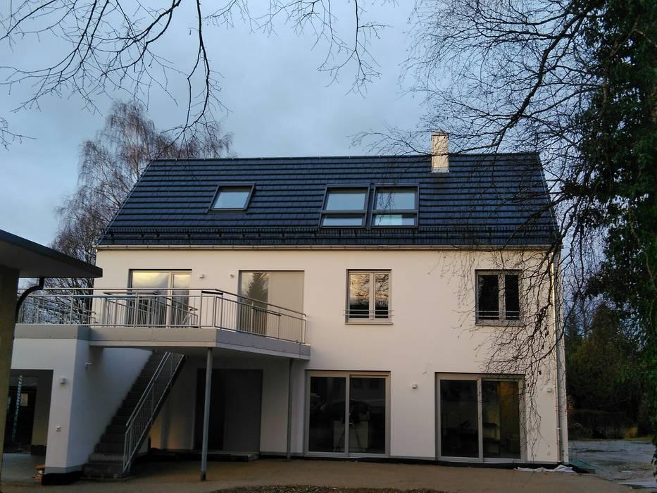 Nowoczesne okna i drzwi od profi bauelemente GmbH & Co. KG Nowoczesny