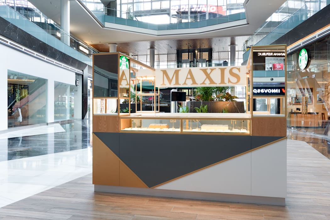 ISLA MAXIS FASHION DRIVE ESTUDIO TANGUMA Espacios comerciales de estilo moderno