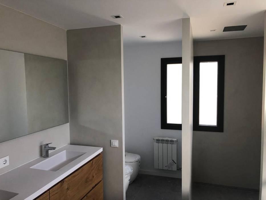 Modern Windows and Doors by Ventanas Direct Modern Aluminium/Zinc