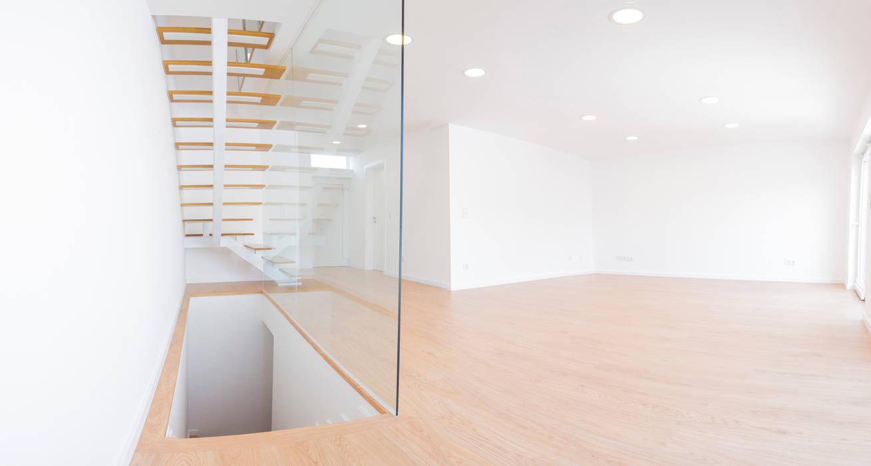 Decor-in, Lda Modern style bedroom Glass White