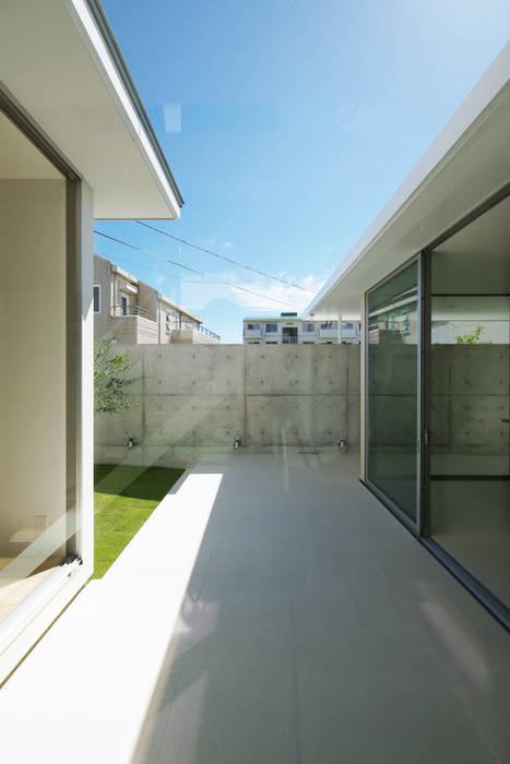 Jardines modernos de 空間建築-傳 Moderno Azulejos
