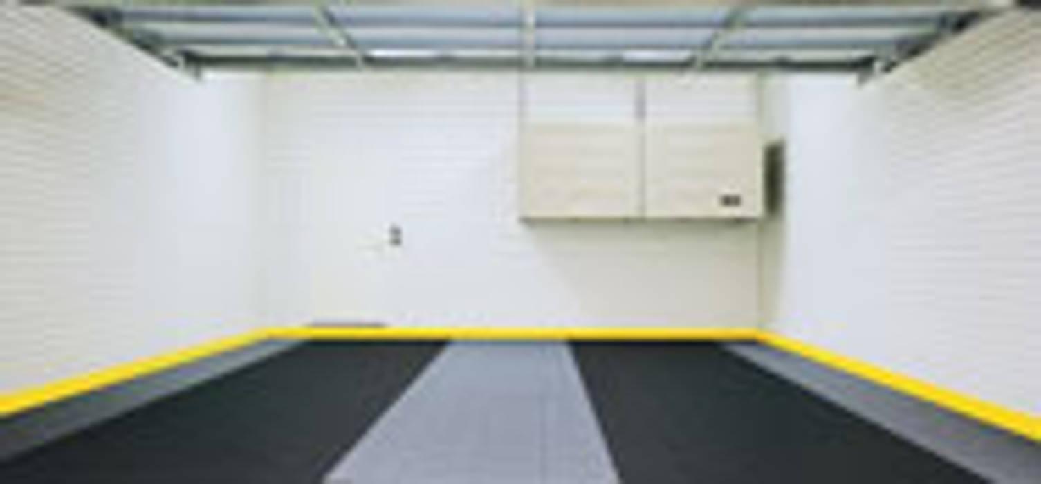 Garage Flooring by MyGarage Modern