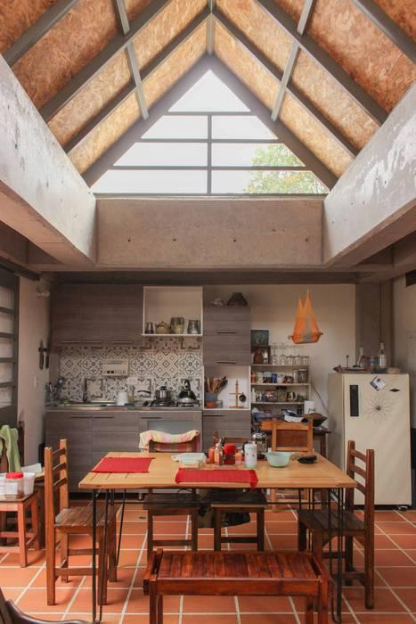 Apartamento Principal Comedores minimalistas de ENSAMBLE de Arquitectura Integral Minimalista