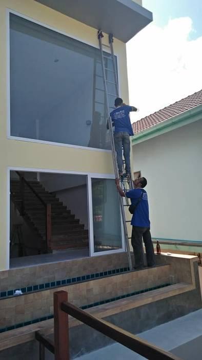 Dentel Clinic Kohchang Project โดย DeKu German Windows Co.,ltd โมเดิร์น ไม้ผสมพลาสติก