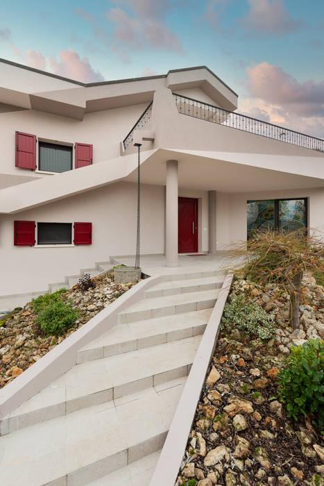 Villa nel Polesine Case moderne di B+P architetti Moderno