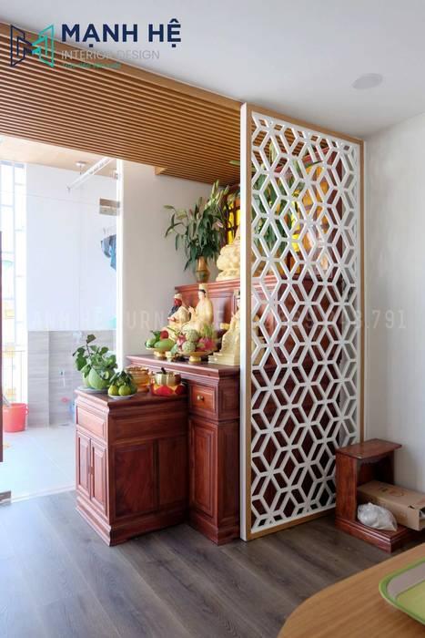 Tủ thờ 2 tầng bằng gỗ óc chó sang trọng, quý phái bởi Công ty TNHH Nội Thất Mạnh Hệ Hiện đại