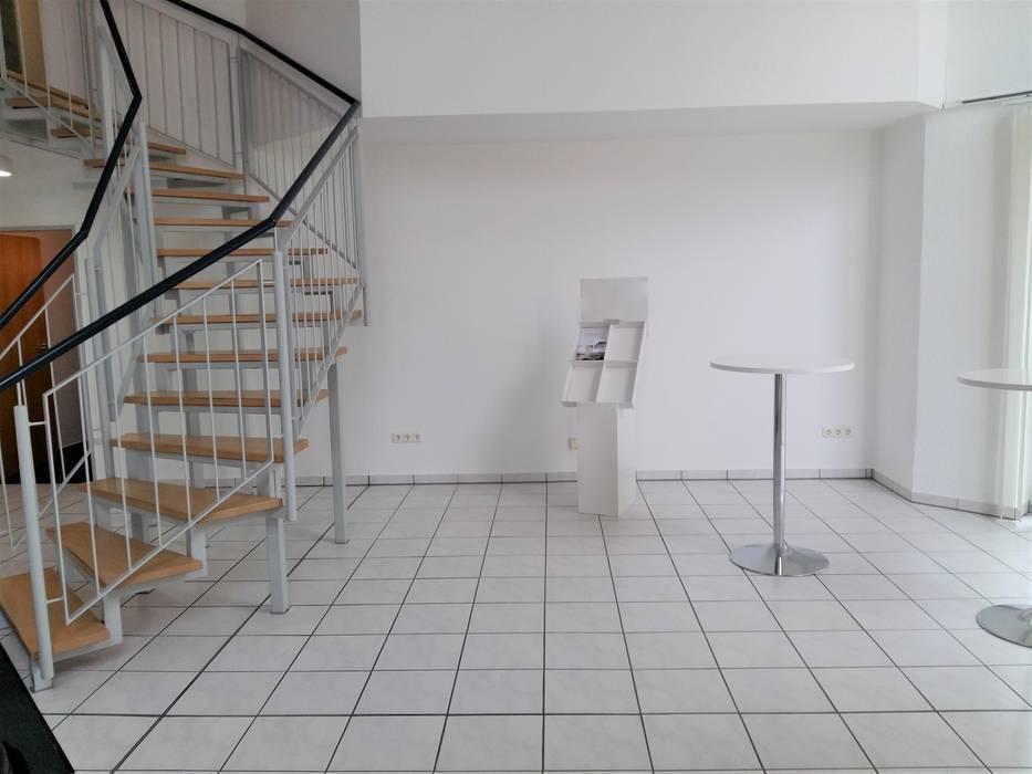 Vorher Cateringbereich - Mehr Hygge bitte! - Räume werden Teil der Unternehmenskultur Interiordesign - Susane Schreiber-Beckmann gestaltet Räume.