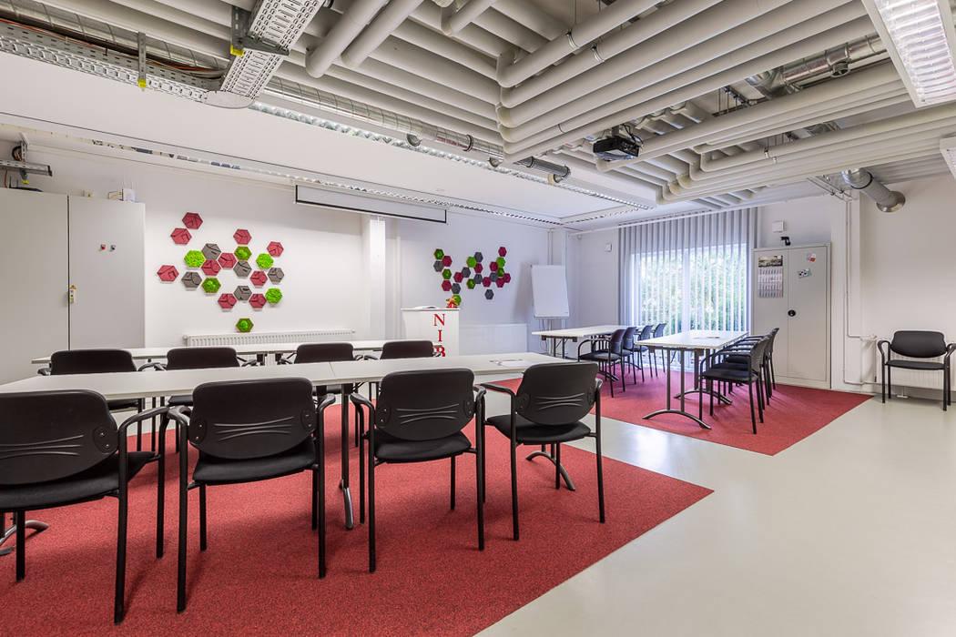 Nachher Schulungsraum - hyggelig! - Räume werden Teil der Unternehmenskultur Interiordesign - Susane Schreiber-Beckmann gestaltet Räume.