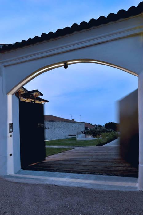 CASA OM Casa rurale di SFERICO ARCHITETTI Rurale Ferro / Acciaio