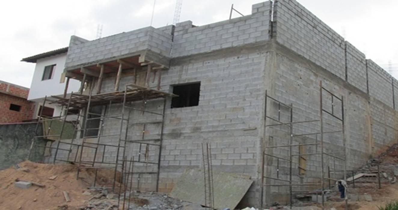 Construção de Sobrado AGM Construções / Reformas de Casas