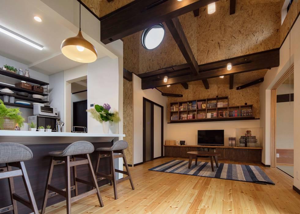 LDK 小栗建築設計室 モダンデザインの リビング