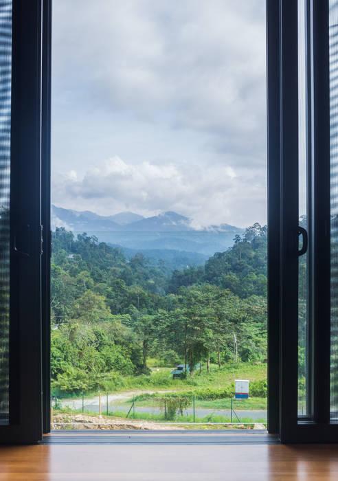 Mountain range view MJ Kanny Architect Tropical windows & doors