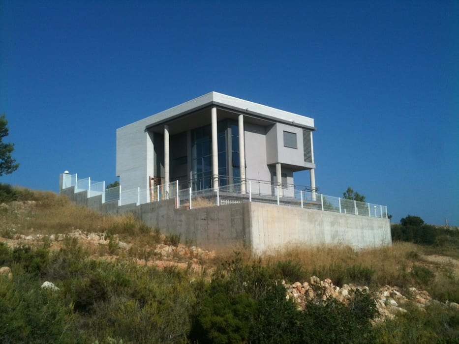 Vista exterior sur OCTANS AECO Casas de estilo moderno