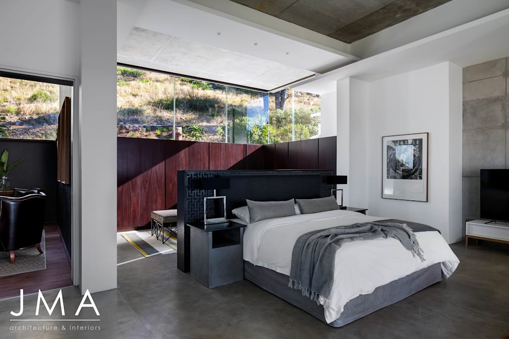Pool Penthouse - Main Bedroom with views Modern style bedroom by Jenny Mills Architects Modern