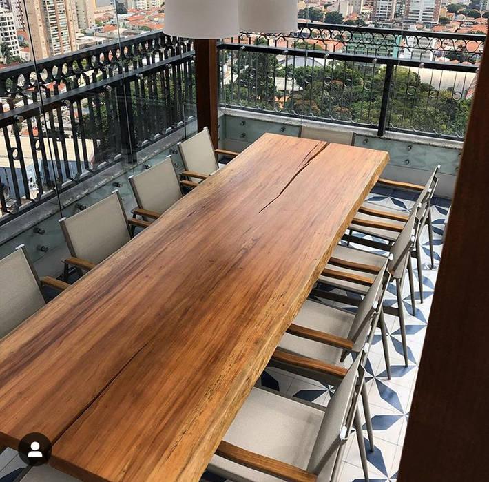 MESA PRANCHA UNICA Camacã Design em Madeira Varanda, alpendre e terraçoMobiliário Madeira maciça