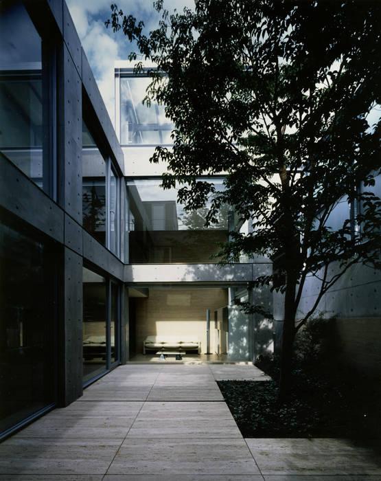 Modern garden by 小林克彦/ART-SESSION Modern
