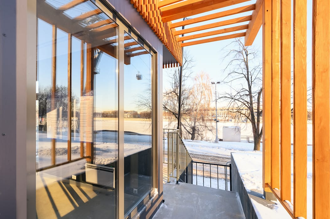 """Средняя станция """"Воробьевы горы"""" Дома в стиле лофт от Alpbau Лофт Дерево Эффект древесины"""