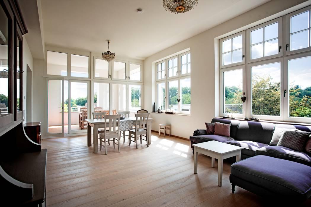 Modern Windows and Doors by Kneer GmbH, Fenster und Türen Modern