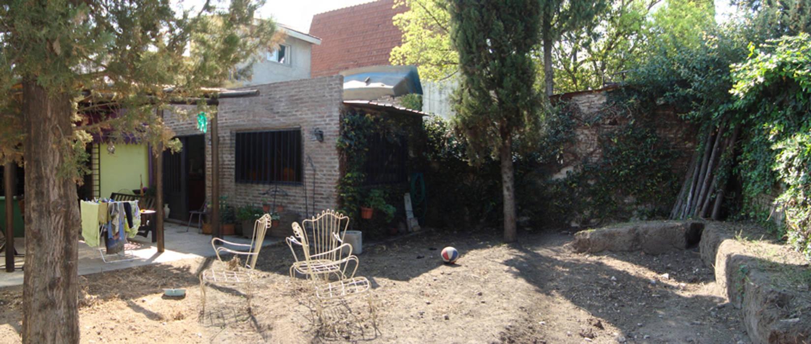 ELVARQUITECTOS 庭院遮陽棚 木頭