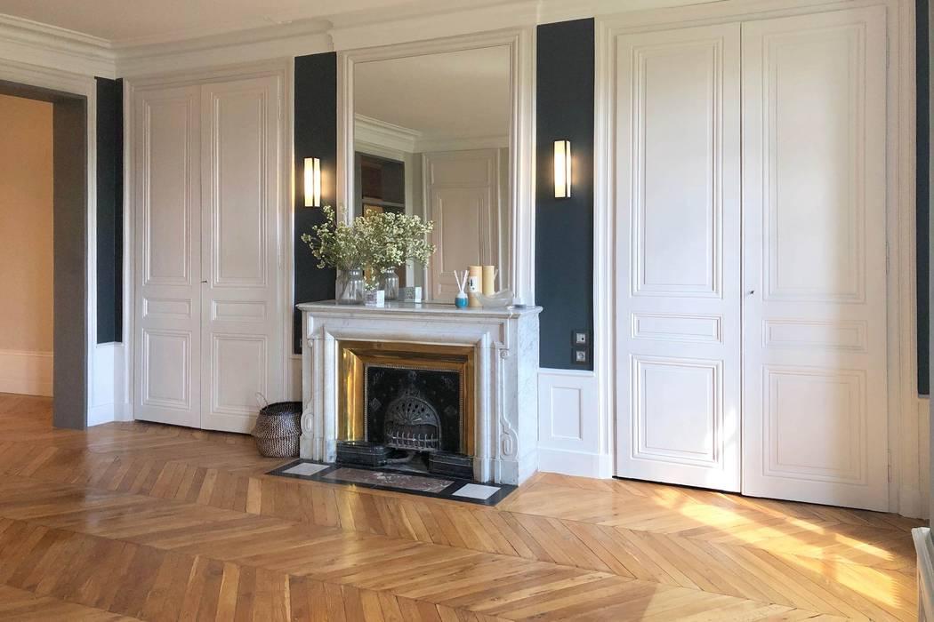 Rénovation d'un appartement Haussmannien à Lyon 6e Salon classique par RS.D Agencements Classique