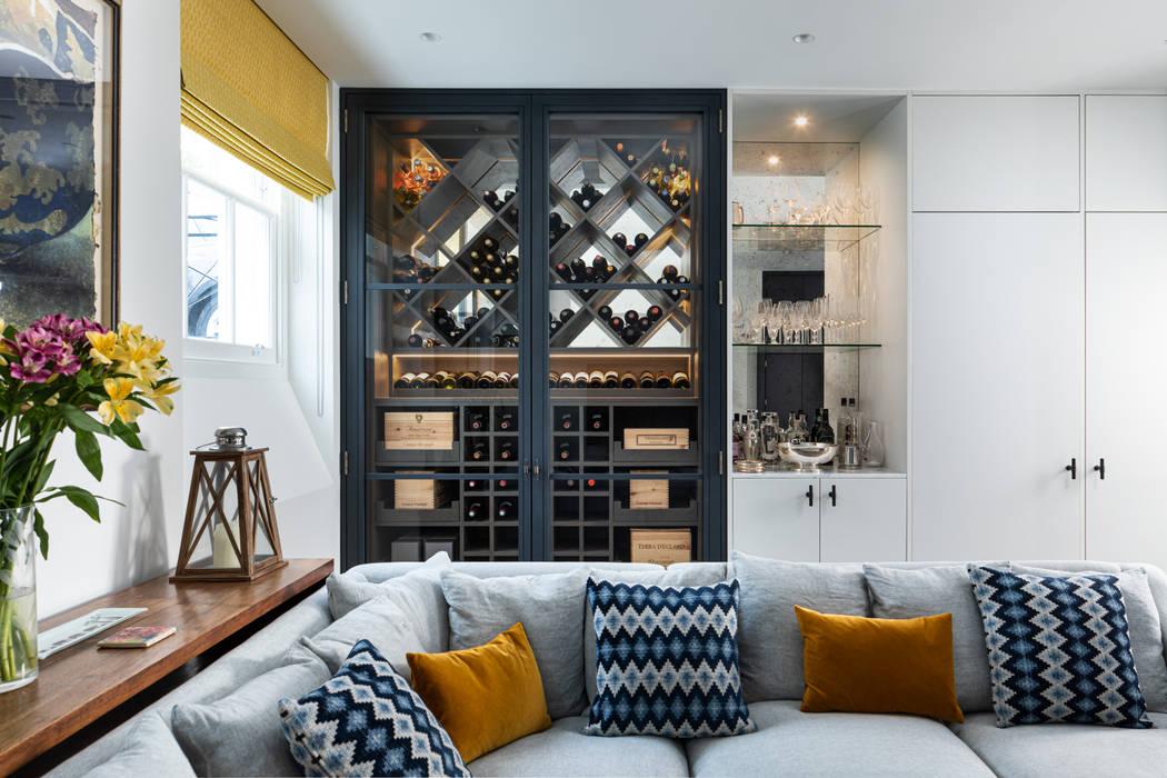 Bespoke Wine Cabinet Bodegas de vino de estilo ecléctico de EMR Architecture Ecléctico