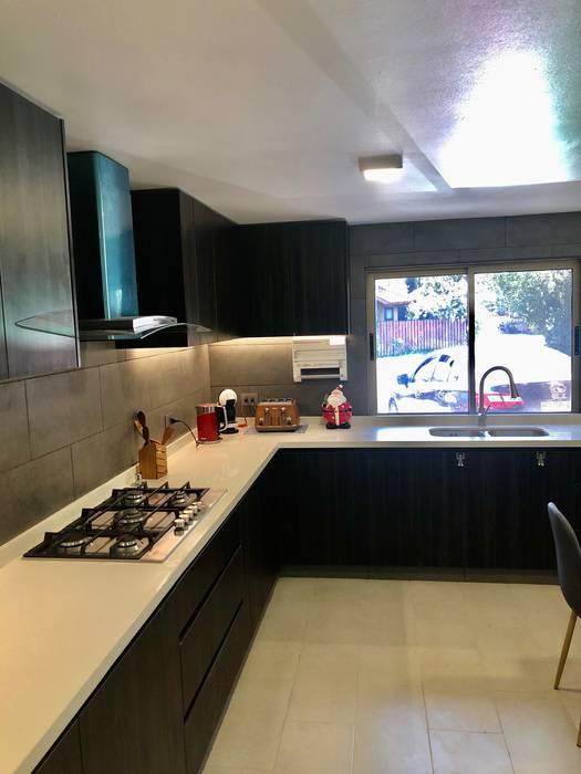 Vista 5 balConcept SpA Cocinas de estilo moderno