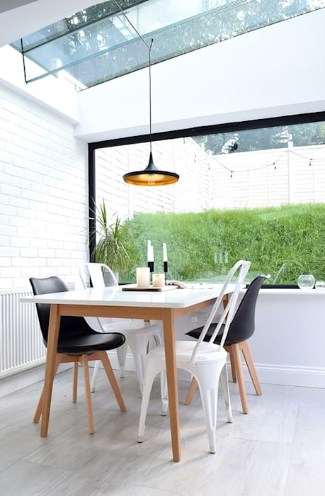 Dining room | Home renovation in North London Scandinavian style dining room by The White Interior Design Studio Scandinavian
