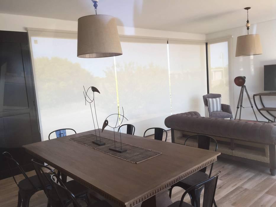 DIVERSA INTERIORISMO Windows & doors Curtains & drapes