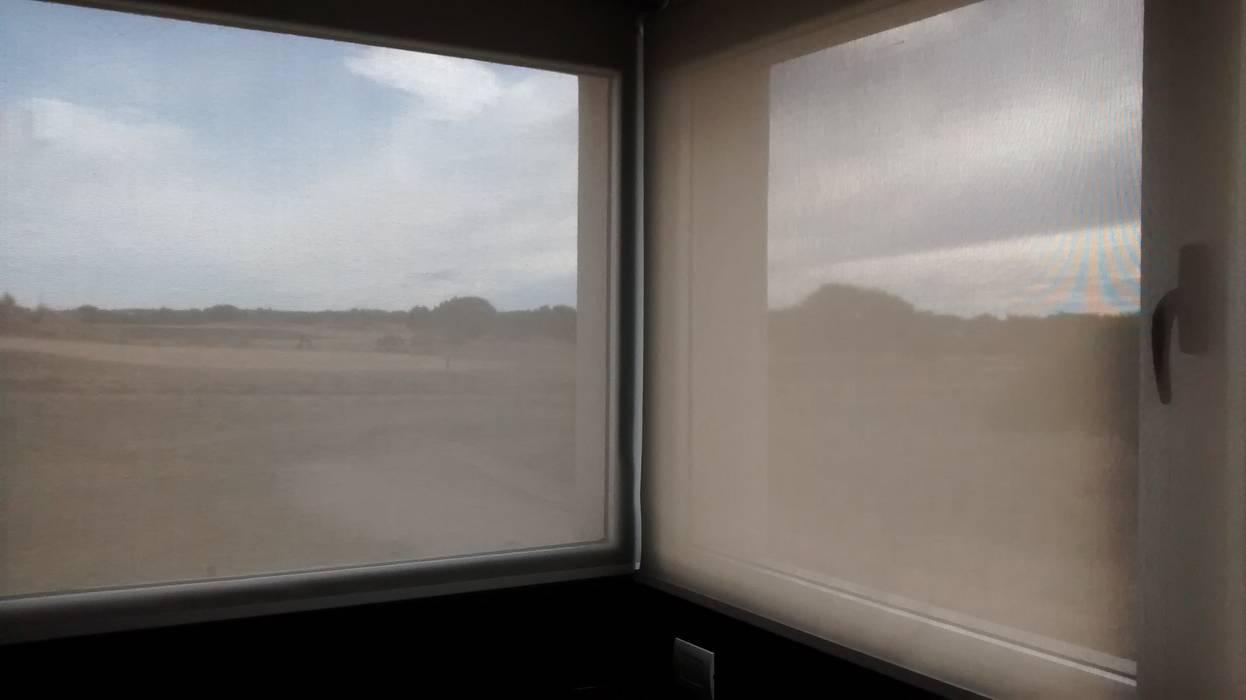 DIVERSA INTERIORISMO Windows & doors Blinds & shutters