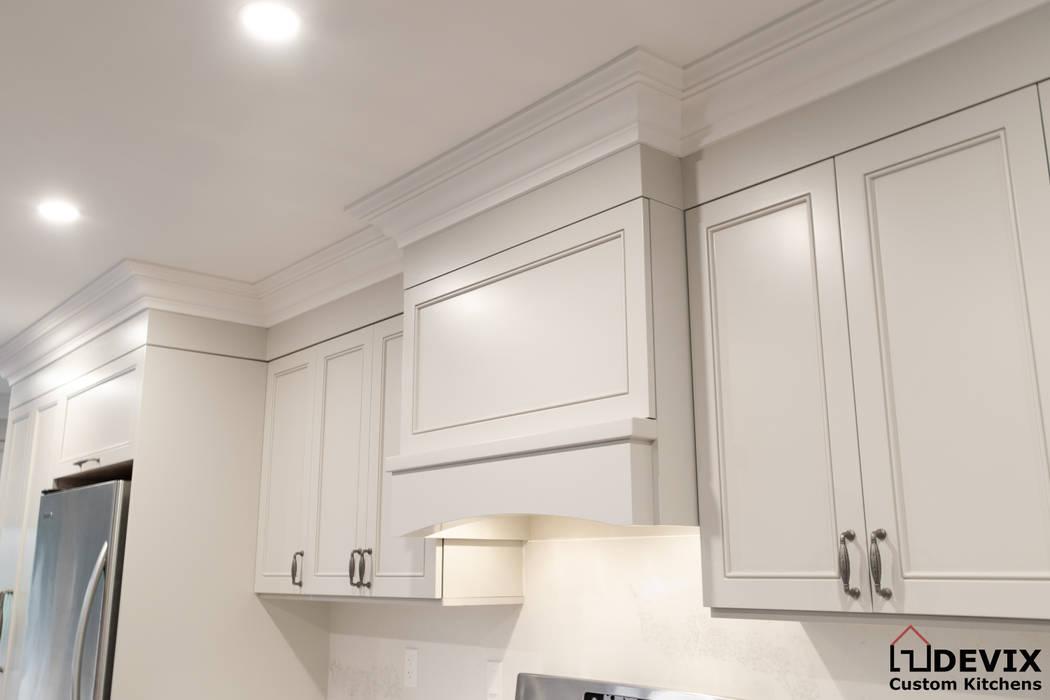 Oleh Devix kitchens Modern