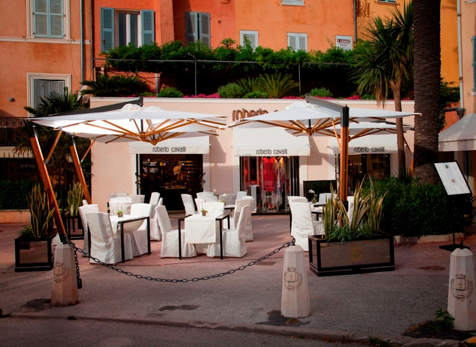Roberto Cavalli Cafe, Saint Tropez by Flair Studio Modern