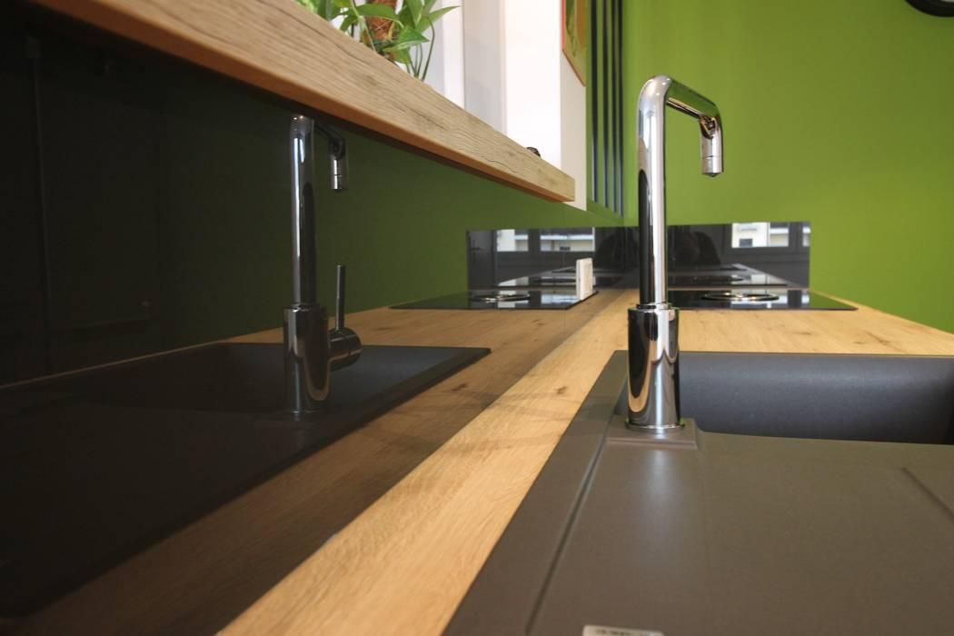 APPARTEMENT A SOUFFELWEYERSHEIM Agence ADI-HOME Éléments de cuisine Briques Vert