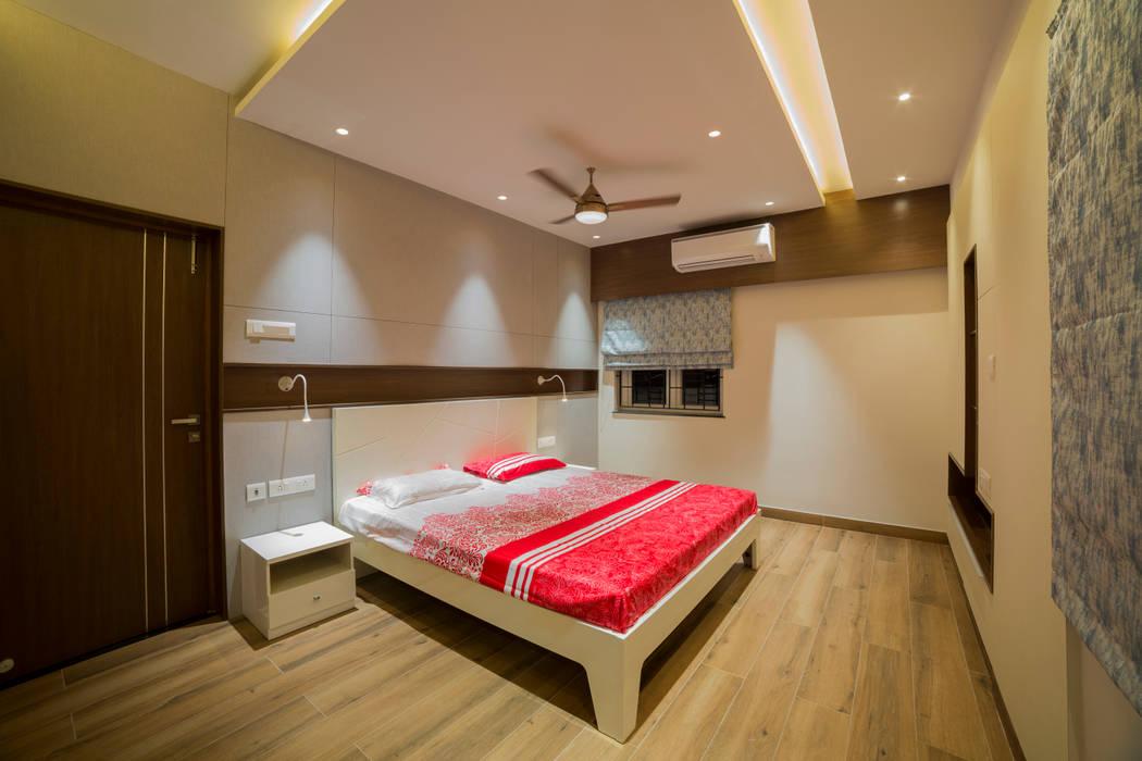 Modern yet minimalistic bedroom interiors Offcentered Architects Modern Bedroom