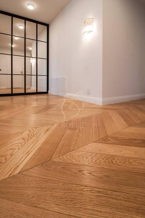 Podłoga drewniana jodełka francuska od Roble Klasyczny