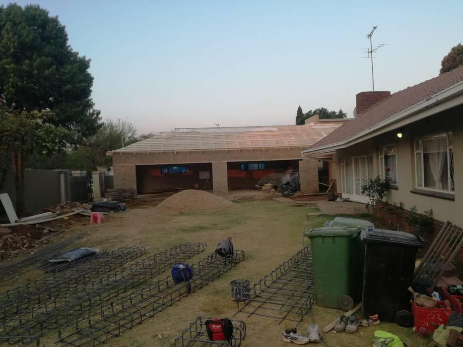 Garage structure Afrisom Projects Pty Ltd Modern garage/shed