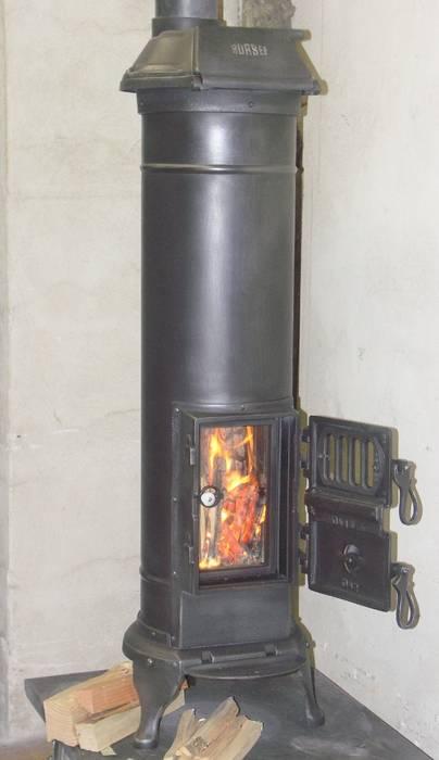 Beispielfoto Feuersicht Perler Ofen GmbH Minimalistischer Wintergarten Metall Schwarz