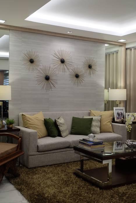 2BR Condo @ East Horizon, Ortigas D3ID Design and Build Living room Solid Wood Beige